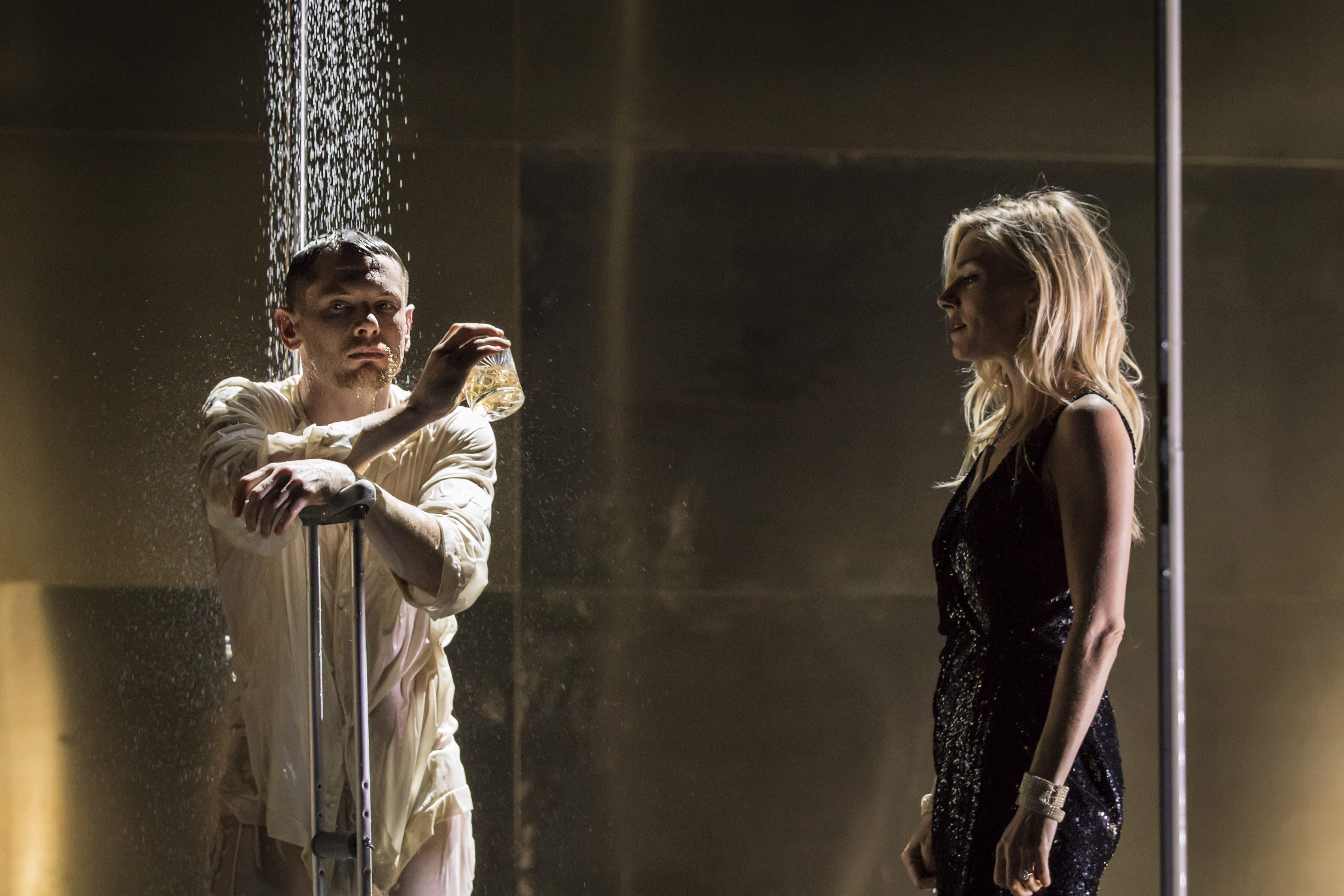Jack O'Connell (Brick) and Sienna Miller (Maggie) - credit Johan Persson