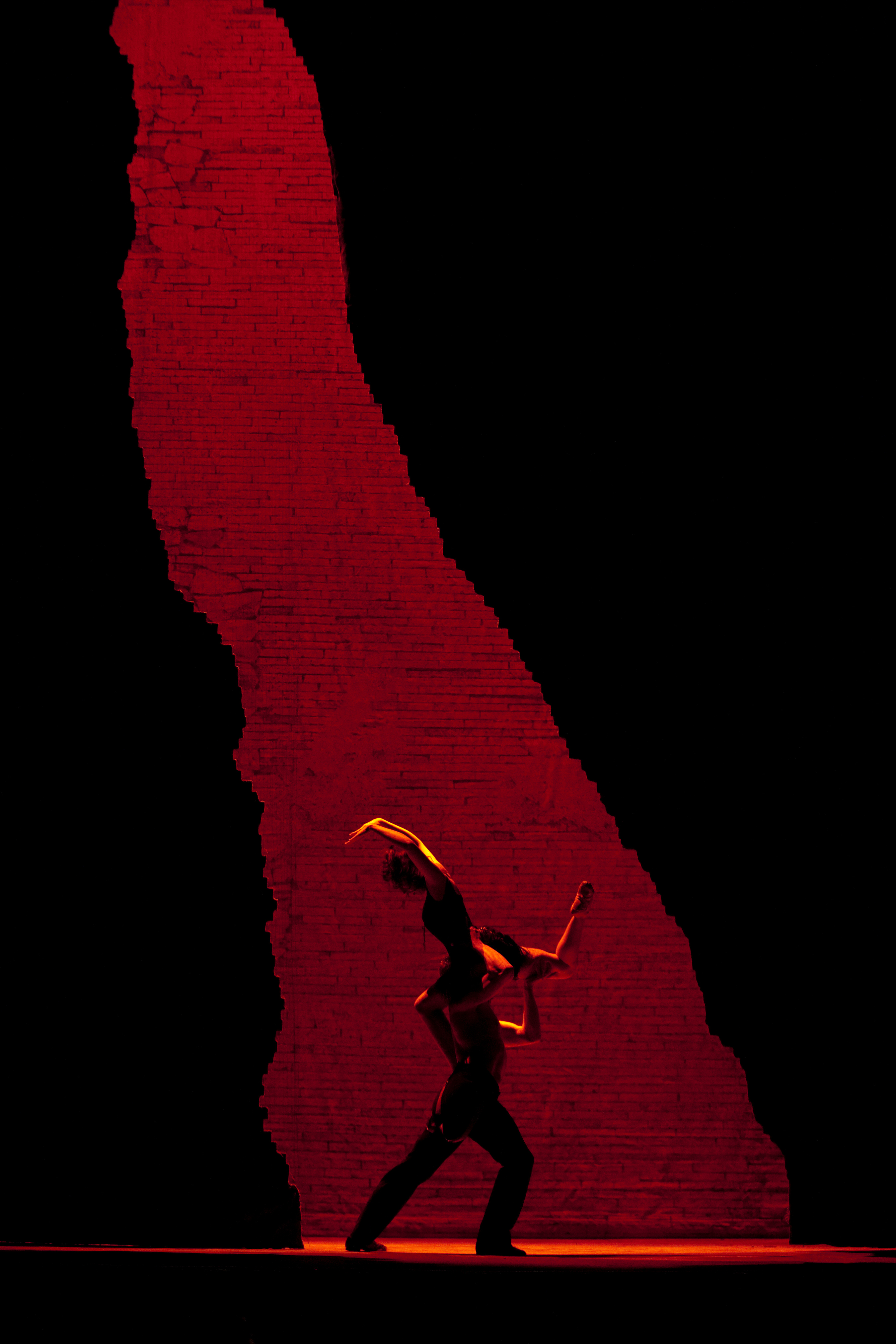 "A scene from Bizet's ""Carmen."" (Credit: Ken Howard)"