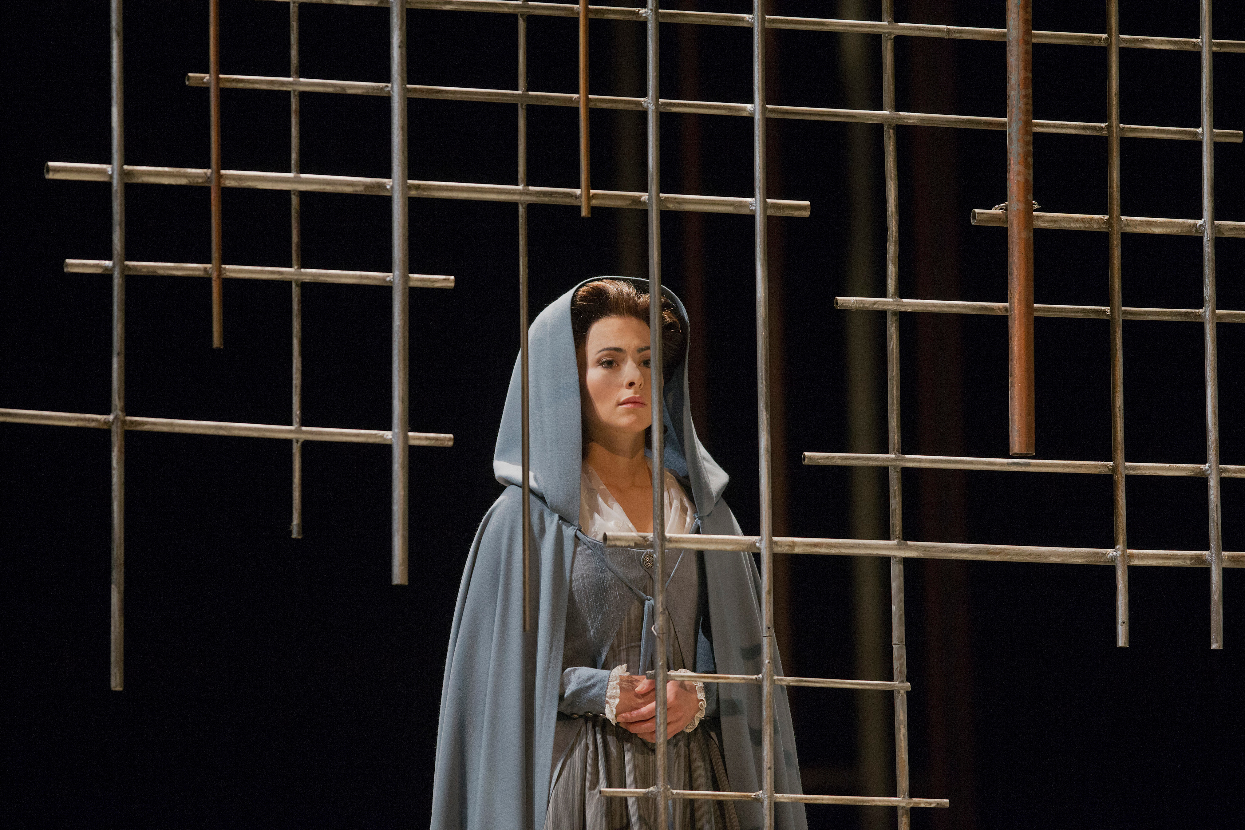 "Isabel Leonard as Blanche de la Force in Poulenc's ""Dialogues des Carmélites."" (Credit: Ken Howard)"